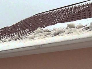 Грязный снег в Саратовской области