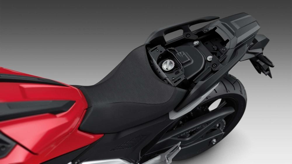 Мотоцикл Honda NC750X 2021: быстрее, умнее, легче