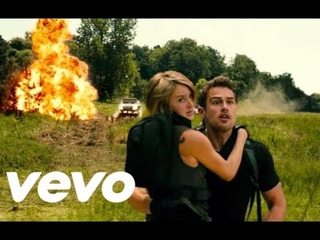 Allegiant - 'Over The Wall Escaping Chicago' Scene [HD]