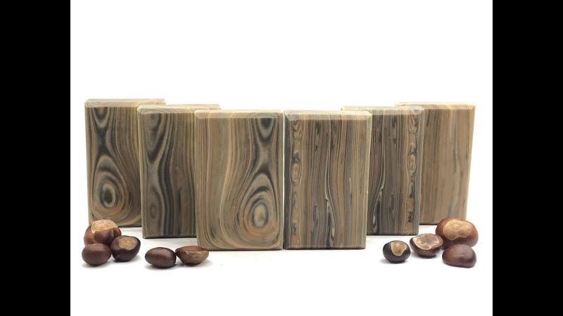 Thin line design as wood grain design