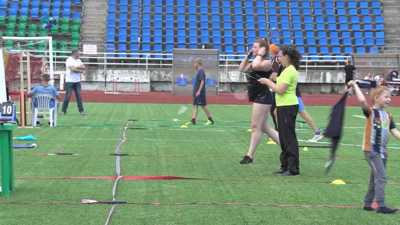 Мастера ракеток мячей и скакалок собрались в минувшую субботу на стадионе Спартак