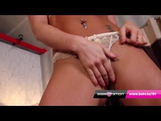 British Stunner Natalia Forrest Naked Hot Joi at Babestation