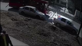 В Казани Газель насмерть сбила на тротуаре 20-летнего студента