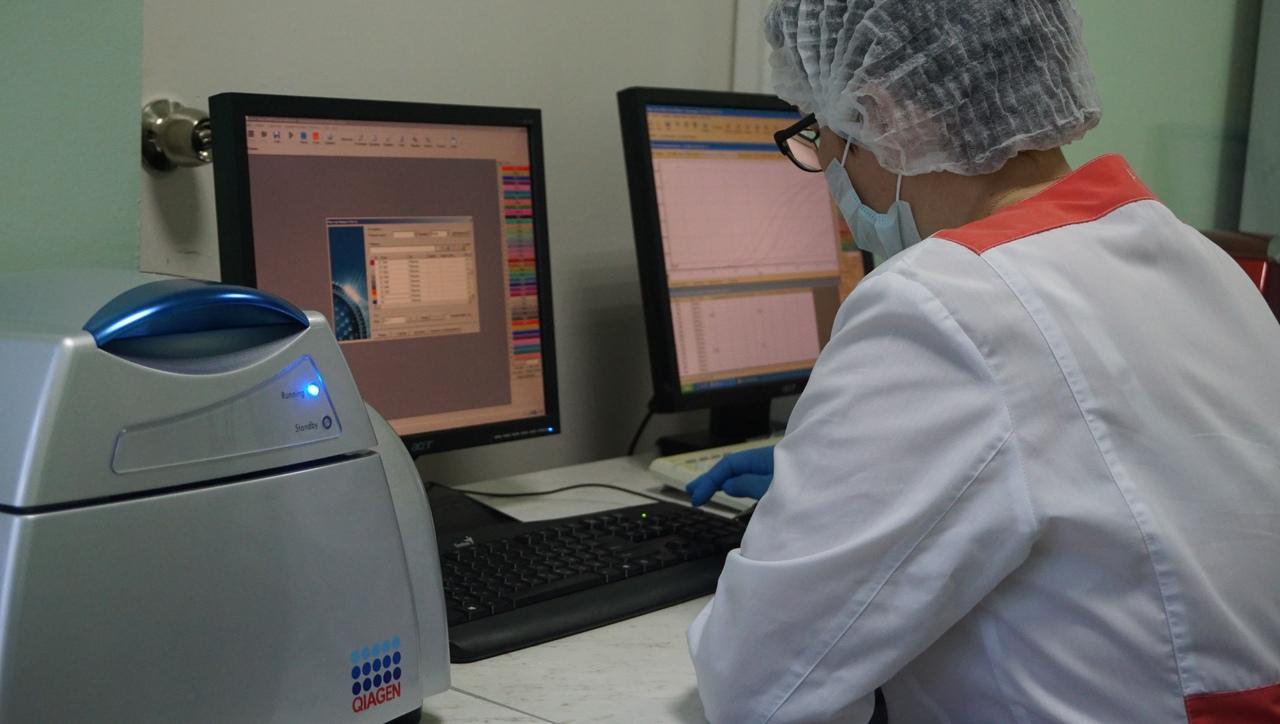Вирусологи научились определять тяжесть ковида