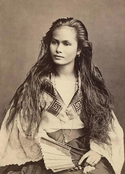 Женщина с острова Лусон, Филиппины, 1875 год. Фотограф Франциско Ван Кэмп.