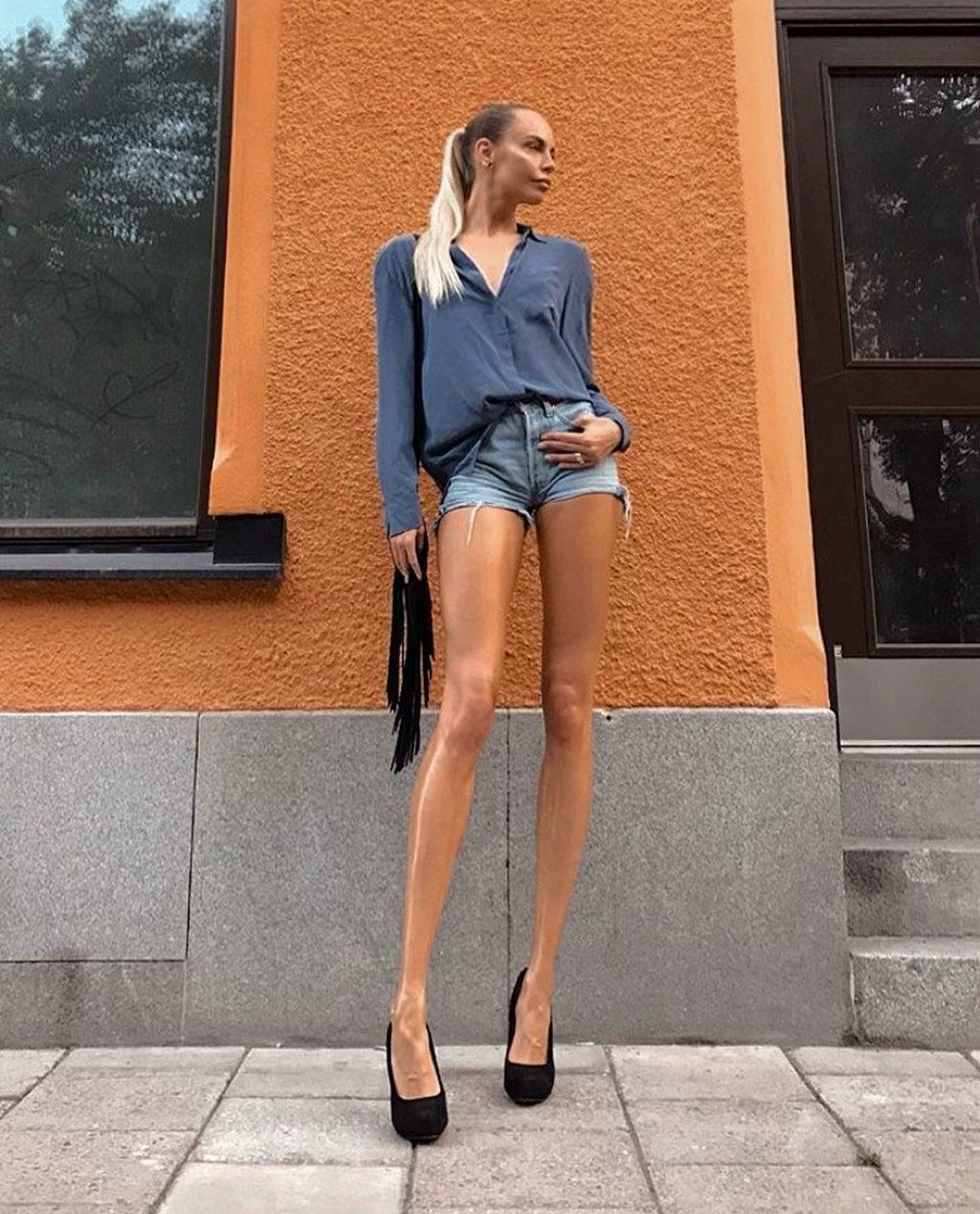 Ия Остергрен — девушка с самыми длинными ногами по соотношению к росту