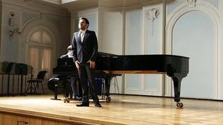 Ария Альфреда исполняет Валерий Макаров