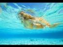 Мальдивская русалка! Кто сказал, что они не существуют? Еще не видел русалок под водой? Тогда тебе нужно побывать здесь. /