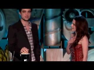 Kristen Stewart Robert Pattinson Win Best Kiss 2011 MTV Movie Awards