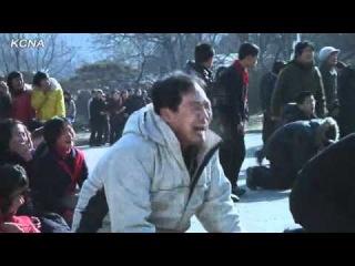 Массовые рыдания по поводу смерти дорогого товарища и полководца Ким Чен Ира в КНДР