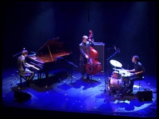 Comes Love Bastien Brison Trio