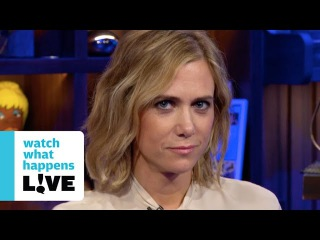 Kristen Wiig and Julianne Moore Guess True or False Facts About Each Other - WWHL