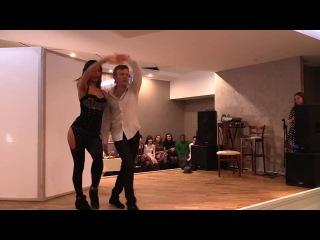 Шоу-кизомба:  Владимир и Мария на Чемпионате по Кизомбе KizombAmor 2015 Пенза