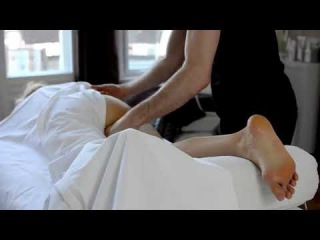 ASMR RELAXING MASSAGE, massaggio rilassante gambe piedi testa e pancia