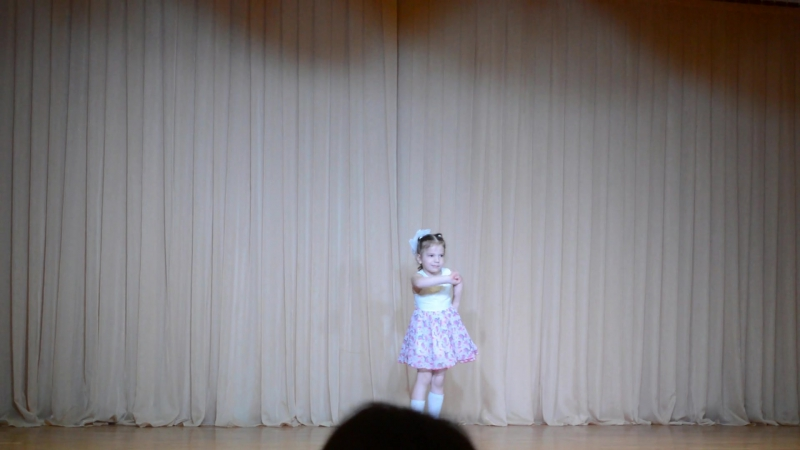 Внутриколлективный конкурс хореографических самостоятельных работ Вечерняя звезда