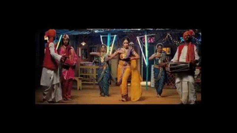 Aho Ishkacha Ardhyat Fakt Ladhi Mhana Superhit Marathi Lavani Songs Amruta Khanvilkar You