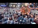 大小200のみこしでにぎわう宮入り:東京・神田祭
