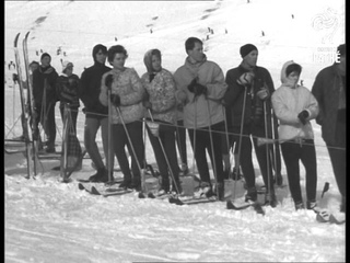 Skiing On Zugspitze Plateau (1960)