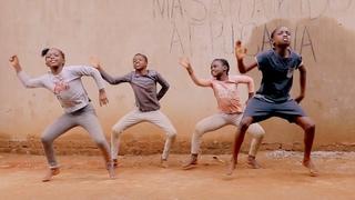 Masaka Kids Africana Dancing Let's Praise