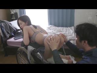 Shinoda Yu - Stop Moving, I Say! Fucking Someone With Damaged Legs