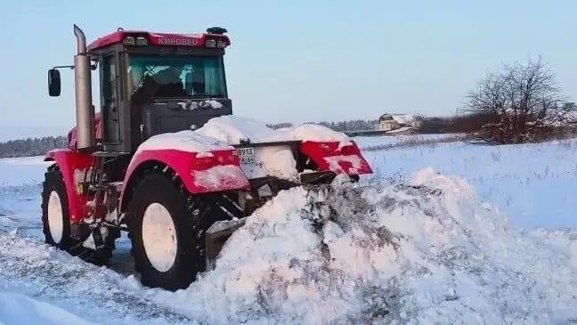 В Петровске продолжается ликвидация последствий снегопада: проведена расчистка от снега микрорайона посёлка Северный