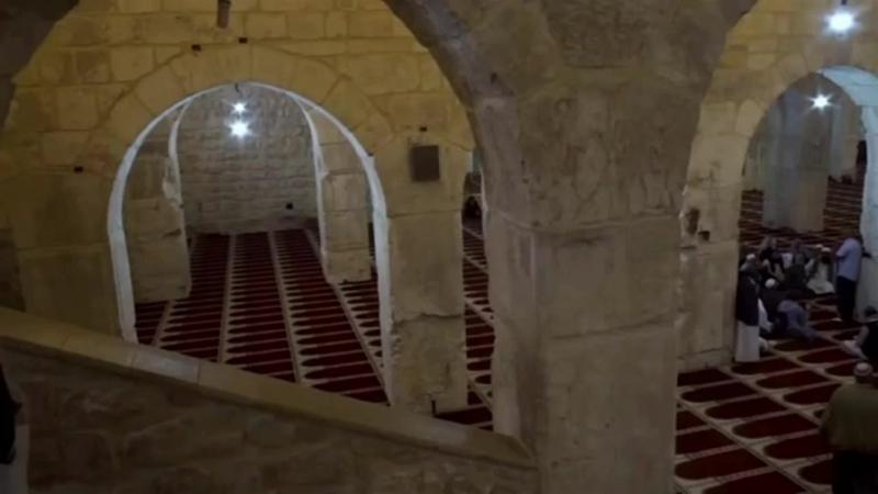 Положение тех кто придаёт Аллахlу место и органы османы Коба Батуми Муаз Аль Ханафи шейх Низар mp4