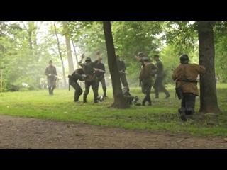 В Ивано-Франковске воссоздали бой между УПА и фашистскими войсками.УПА бьется с фашистами, да это братоубийственная война ?