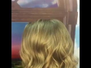 """🎉🎉Марморирование 📣🎉📣🎉📣Новомодная  техника с многогранными периливами оттенка """"блонд"""". Роскошно смотрится как в локонах, так и в"""