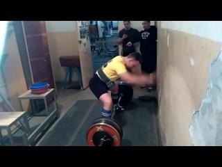 Удовенко Николай, тяга 210 кг, норматив мастера спорта!!!