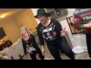 [#My1] Рождественские танцы звёзд WWE