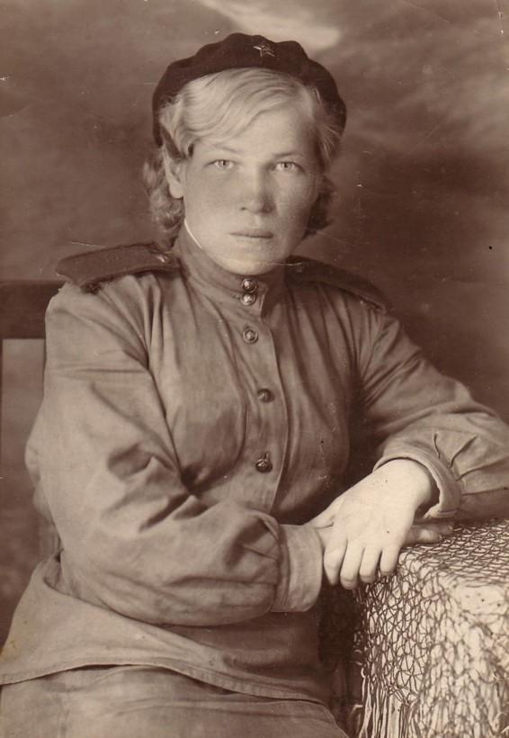 Абатурова Екатерина Алимпиевна (1918-2015), изображение №1