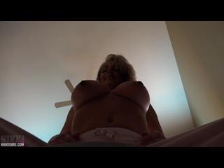 Nikki Sims topless in sweats | Asmr 18+