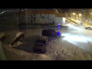 В городе снова промышляют со сливом бензина, сливали уже 2 раза, после установил камеру.