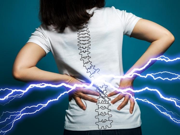 Помощь при проблемах со спиной