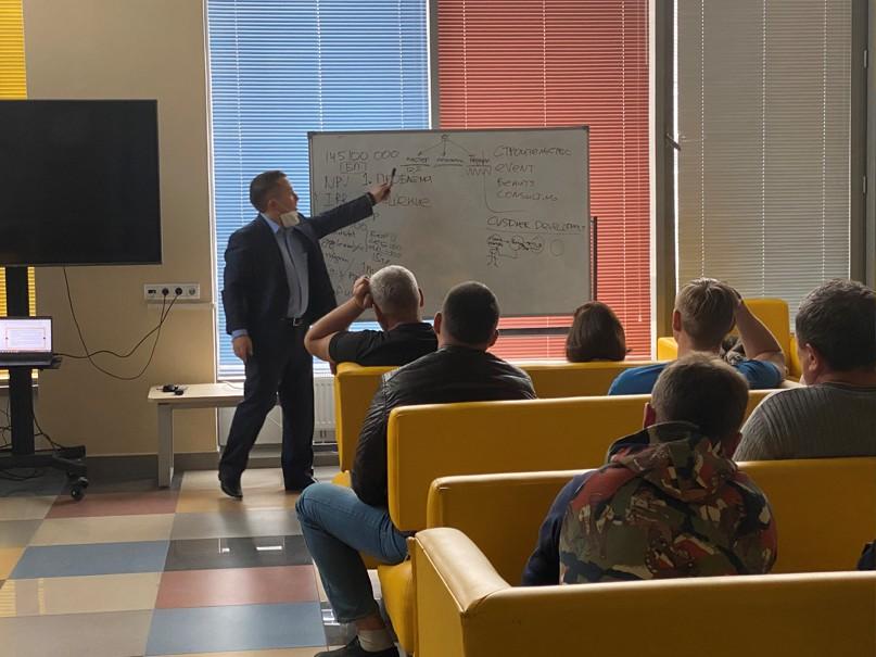 В ЦИСС завершился четвертый цикл подготовки будущих предпринимателей, изображение №2