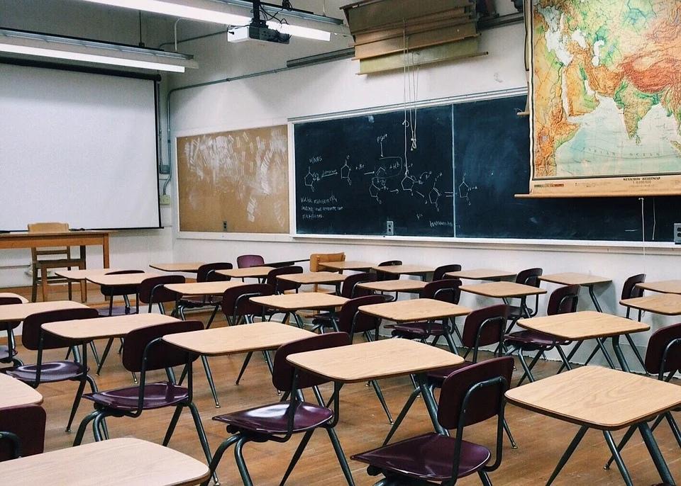 Угрозы стрельбы в учебных заведениях оказались фейковыми