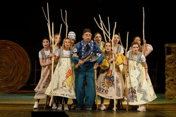 """Сегодня с большим успехом прошёл показ сказки """"Конёк-Горбунок"""" - юные зрители с большим..."""