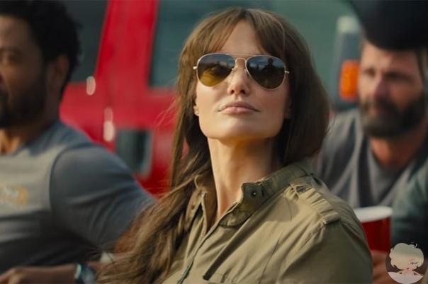 """Анджелина Джоли в первом трейлере фильма """"Те, кто желает мне смерти"""""""