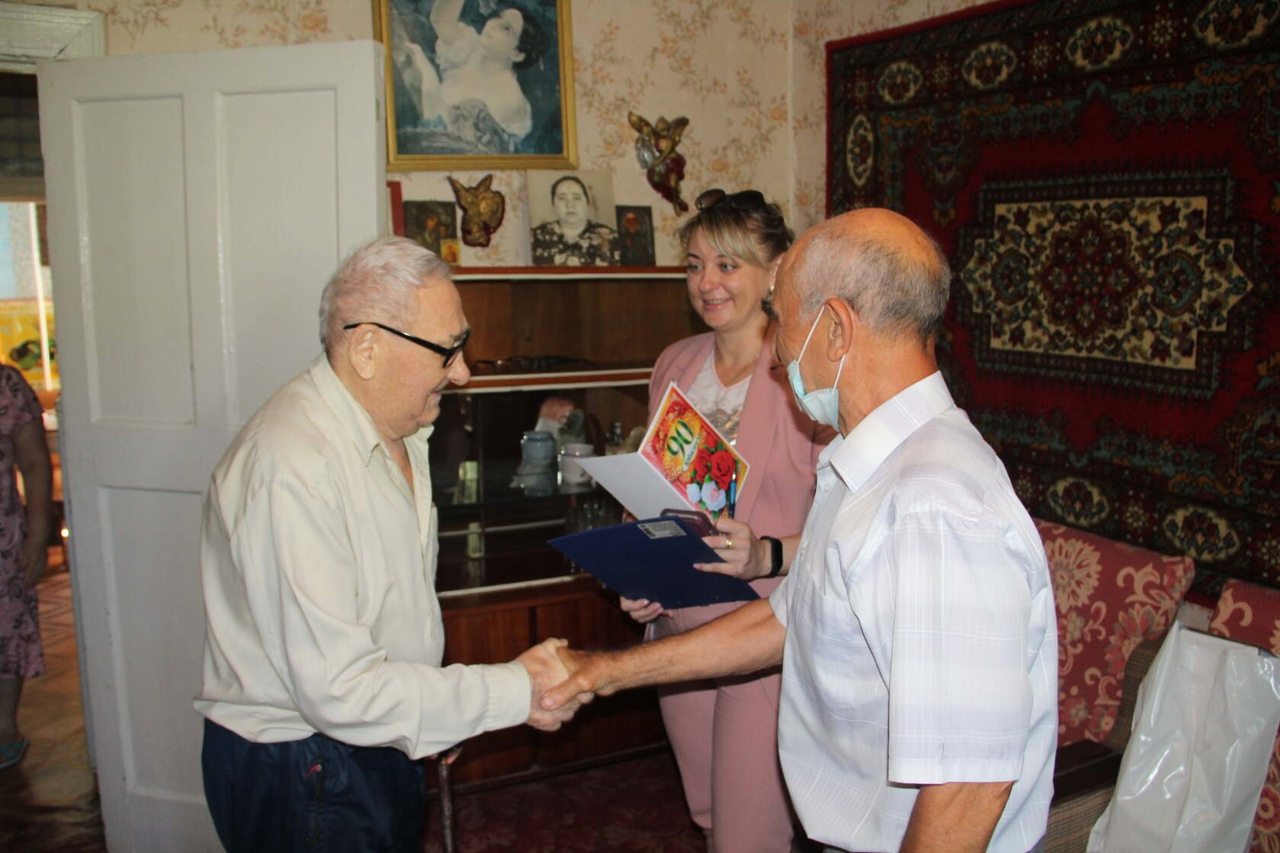 Петровчанина Петра Ильича АЛАНИНА поздравили с 90-летием