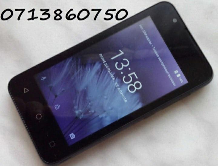 Продам BQ Strike Mini, четырех ядерный смартфон, за 1600р, возможен небольшой то...