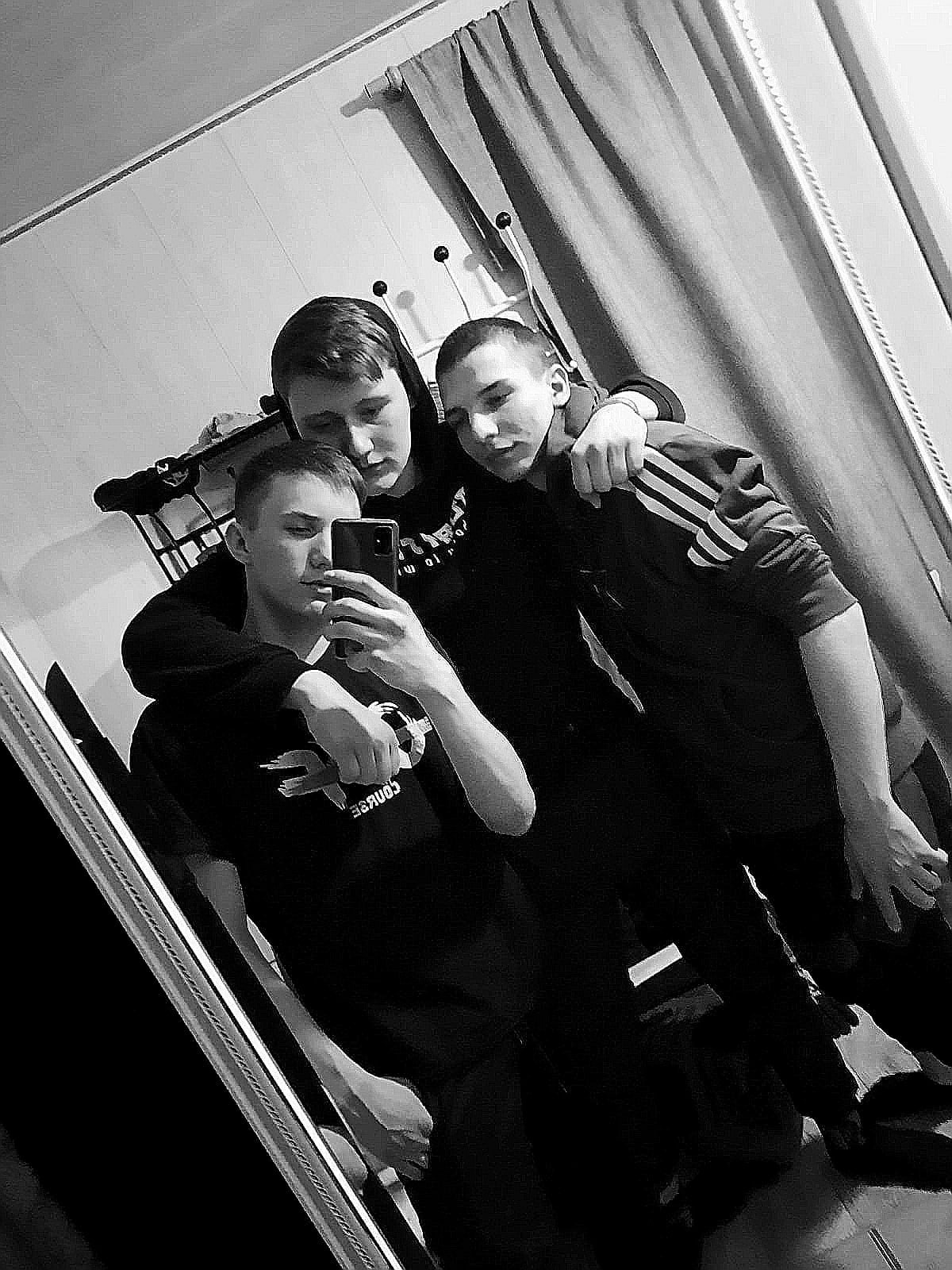 Кирилл, 18, Krasnoyarsk