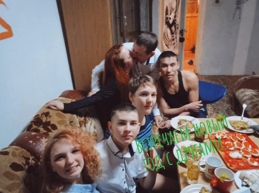 Василий, 34, Novomar'inka