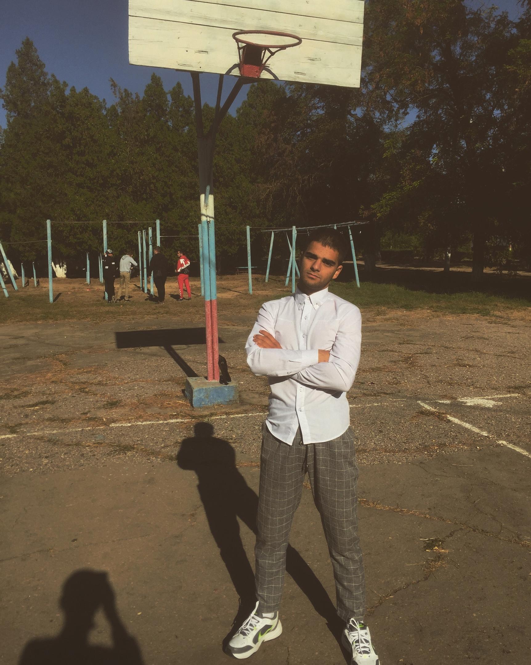 Арман, 18, Yevpatoriya