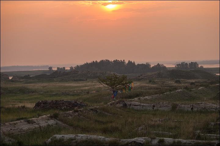 Тайна древней крепости Пор-Бажын, построенной на острове в сибирском озере, изображение №34