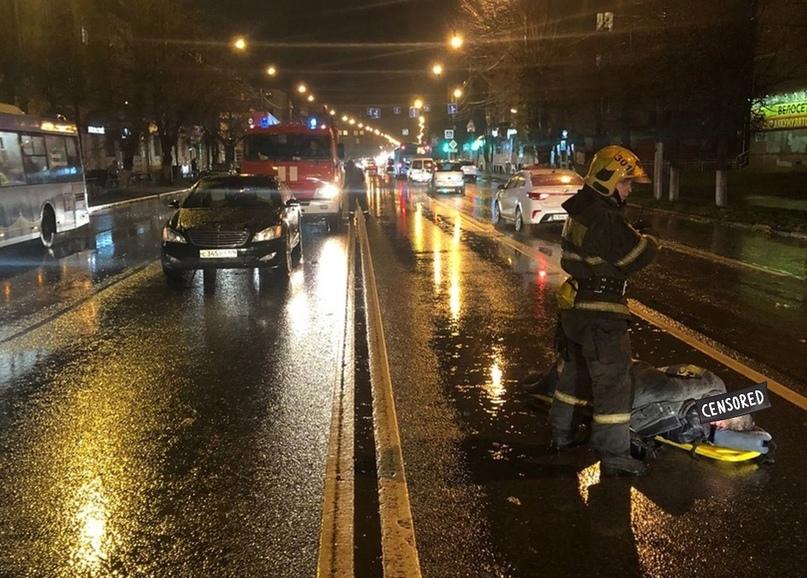 В Твери на улице Горького мужчина вышел на дорогу и попал под машину    https://www.afanasy.biz/news