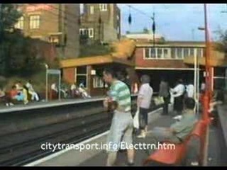 Class 313 train switching between overhead wire & 3rd rail