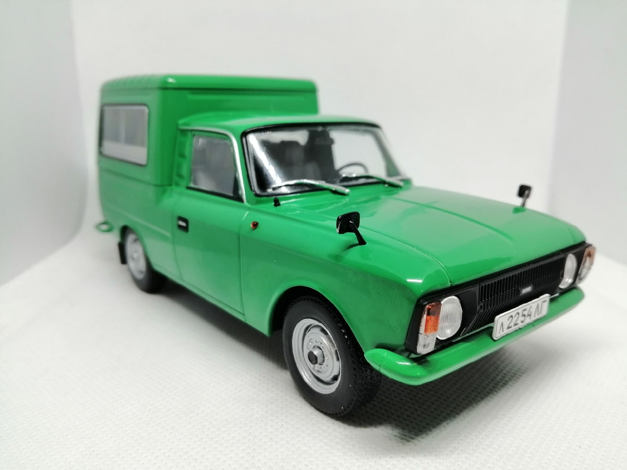 Легендарные советские автомобили №71 - ИЖ-27156